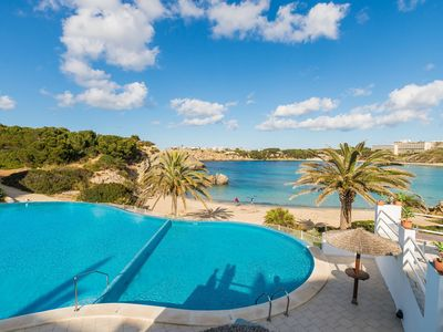 Photo for Beautiful Apartment with Wi-Fi, Pool, Terrace and Sea View
