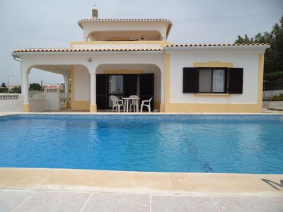 Photo for Villa with private pool and tennis court overlooking the sea
