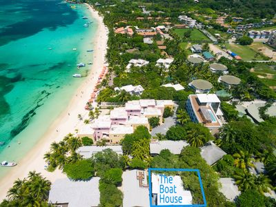 Photo for Boat House Beach Suite. Luxurious Open Beach House Directly On West Bay Beach!