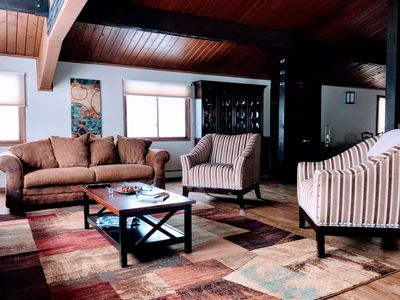 Photo for Spacious Mountain Home - minutes to slopes and town!