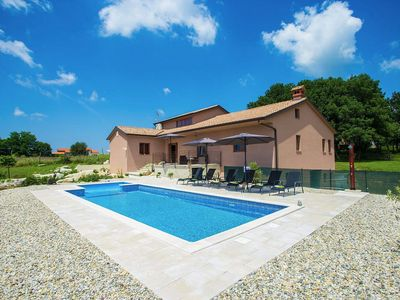 Photo for Holiday house Skropeti for 6 persons with 3 bedrooms - Villa