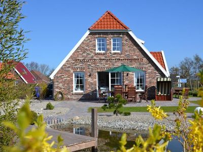 Photo for Holiday house Neßmersiel for 2 - 6 persons with 3 bedrooms - Holiday house