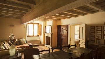 Superb apartment with all the amenities, elevator, in the heart of Florence