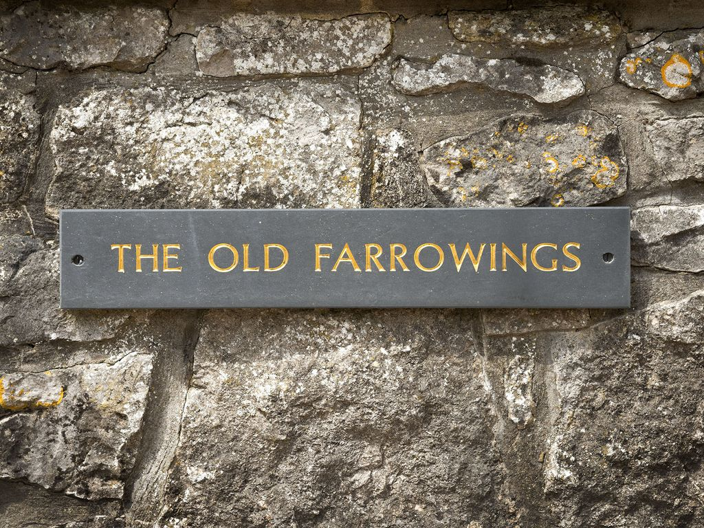 luxury boutique cottage the old farrowings 1 bedroom
