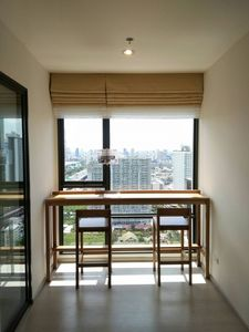 Photo for 1BR Apartment Vacation Rental in Bangkok, Krung Thep Maha Nakhon