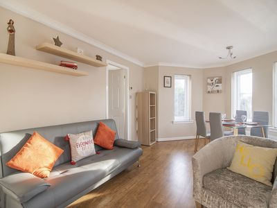 Photo for Ground floor West End /City Centre flat & Parking