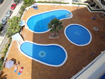 "Photo for Apartment a short walk away (254 m) from the ""Playa Cantal Roig"" in Calp with Lift, Parking, Washing machine, Air conditioning (315408)"