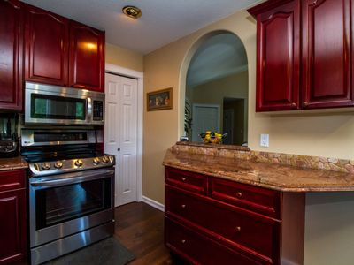 Photo for 3 bed 3 bath Executive home  located  on the columbia river