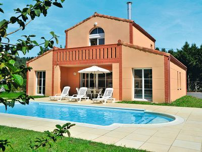 Photo for Vacation home Domaine Royal Green  in Pont de l'Arn, Languedoc - Roussillon - 4 persons, 2 bedrooms
