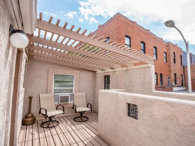 Photo for SAG! Private rooftop deck 2Bd (sleeps 6) with Peak Views🏔 in OCC.  Pet/420 OK!