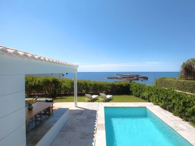 Photo for Beautiful property nearby the sandy beach and with direct access to the sea