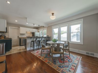 Photo for Charming Grosse Pointe Flat in the Village, #2