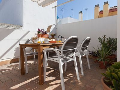 Photo for Fantastic 3-floor apartment with private terrace