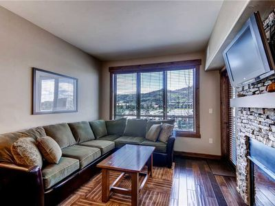 Photo for 1 Bedroom Condo w/Access to a Pool, Hot Tubs, Fitness Center & More!