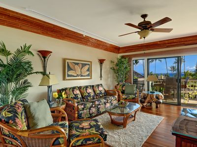 Photo for Lae Nani 231...Awesome Oceanfront- a view to die for and interior to match