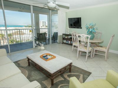 Photo for Magnolia House 309 is a Luxury 1 BR with Free Beach Service for 2