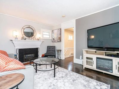 Photo for *LUXURIOUS* 1 Bedroom Home - Close to Downtown