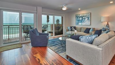 LUXURY Direct Gulf Front balcony with unforgettable views and remarkable sunsets!   Free wifi included