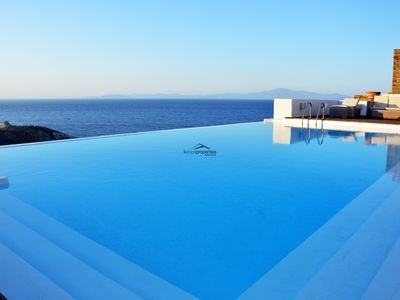Photo for Stone villa, near the sea  with a large swimming pool and a sea view.