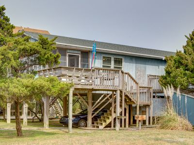 Photo for Twin Dolphin - Fresh 3 Bedroom Oceanside Home in Avon