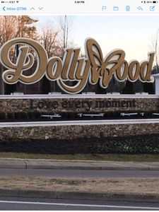 Photo for 1 mile from Dollywood, 3 level cabin, sleeps up to 16, across from the pool