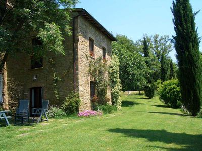 Photo for The Poggente: Old farmhouse in the Umbrian hills