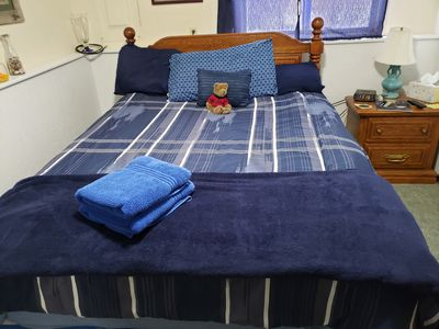 Photo for Cozy 1 bedroom with all the comforts of home.  Queen size bed.