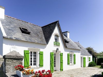 Photo for 4BR Apartment Vacation Rental in Goulien, Brittany