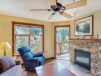 Photo for Ski-in/ski-out condo w/community hot tub & Club Solitude access - pools, etc!