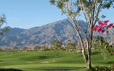 SPECTACULAR VIEWS! CHEER THE GOLFERS ON THE 9TH GREEN OF PRIVATE COURSE!
