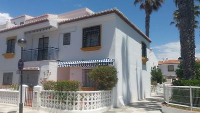Photo for Terraced house: garden and porch 150m from sea