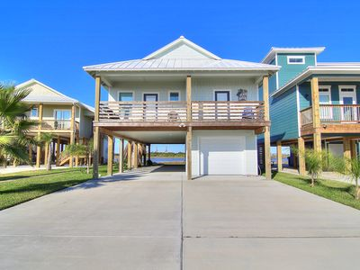 Photo for A Heron Paradise - gorgeous 4 bedrm home in Paradise Pointe!
