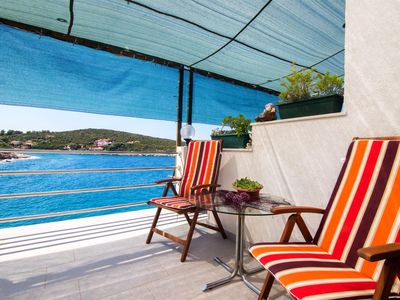 Photo for Apartment Sanka (46881-A1) - Gdinj - island Hvar