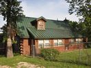 2BR Cabin Vacation Rental in Lowell, Arkansas