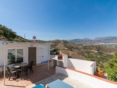 Photo for Rural house with pool and barbecue 10 minutes from the beach - El Granero Canovas