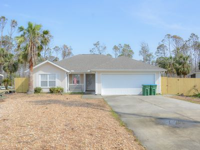 Photo for Beautiful 3 bedroom, 2 bathroom PRIVATE POOL!