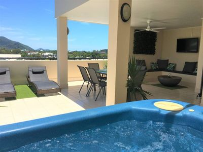 Photo for Beautiful Penthouse with Private Rooftop Spa, Gym, TV, BBQ, Hammock...