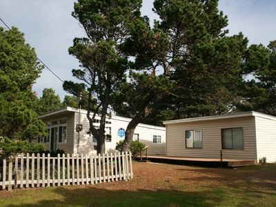 """Photo for """"Tierra Surf"""" Great family home just a short walk to the beach...PET FRIENDLY!"""
