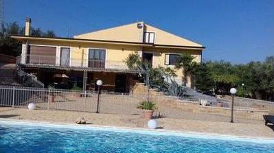 Photo for Superb villa with large swimming pool located in the heart of Sicily.