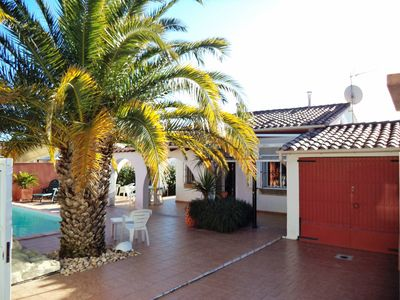Photo for House ground floor for 4 pers. with private pool in L'Escala 700m from the beach