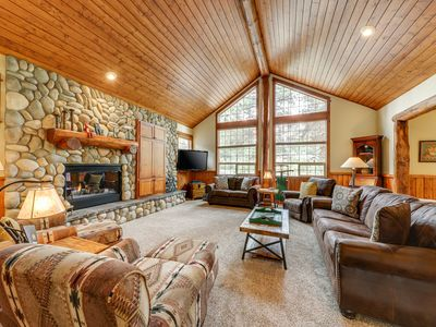 Photo for Stunning lodge-style home w/ private hot tub & 12 SHARC passes - dogs OK!