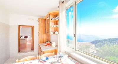 Photo for Welcoming and cheerful four-person house in a peaceful position