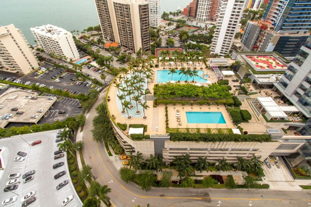Miami apartment close to beach
