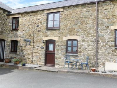 Photo for THE OLD GRANARY, pet friendly, with a garden in Polyphant, Ref 17370