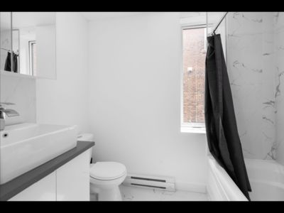 Photo for Newly renovated flat in the plateau next to downtown