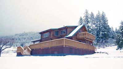 Photo for LOST CREEK CABIN, Log Cabin Near Crater Lake, Rogue River, and Lost Creek Lake