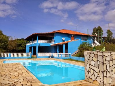 Photo for Beautiful country house with wonderful views in Campo Limpo Paulista