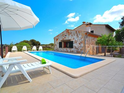 Photo for Ca Na Flores villa with swimming pool in an idyllic and peaceful environment 188