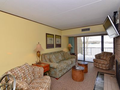 208B- One bedroom condo, lake front, two patios!
