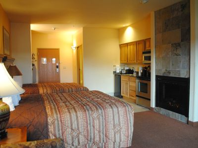 Photo for Beautiful Studio Condo, Summer bookings include up to 4 Noah's Ark passes